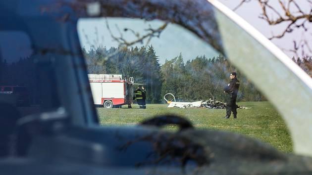 Pád vrtulníku u Slavoňova na Náchodsku