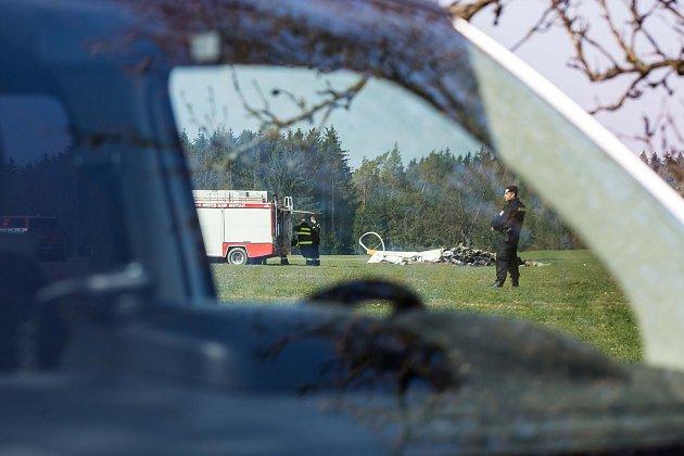 Pád vrtulníku uSlavoňova na Náchodsku