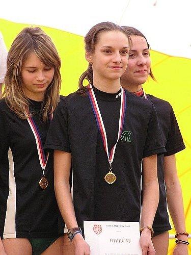 Na nejvyšší příčky bude v závodě štafet na 3x300 metrů myslet i osvědčená trojice Ulrichová, Routková a Rousková.