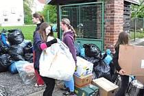 Novoměstští školáci vezli pomoc do rumunského Banátu.