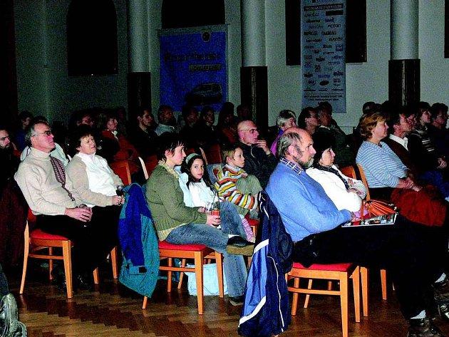 Sál Pekllyho domů  se opět po roce bude plnit návštěvníky putovního Mezinárodního festuivalu outdoorových filmů.