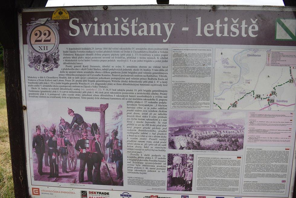 Roku 1901 byla v Dolanech postavena kaple, kterou postavil děkan p. Jos. Ludvík. Její podoba je i na obecních symbolech..
