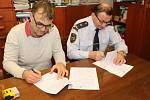 Smlouva na výstavbu nové stanice v Jaroměři je podepsaná.
