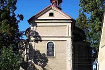 Kostel svaté Barbory v Otovicích.