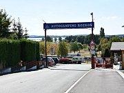 U největší vodní nádrže v regionu se nachází turisticky oblíbený autocamp. Ten kromě vodních sportů již nyní nabízí třeba síť cyklostezek.