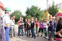 Jaroměřští gymnazisté navštěvují firmy.