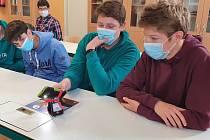 """Již 21. rokem probíhají v rámci podpory technického vzdělávání mládeže na základních a středních školách osvětové besedy """"Energie budoucnost lidstva""""."""