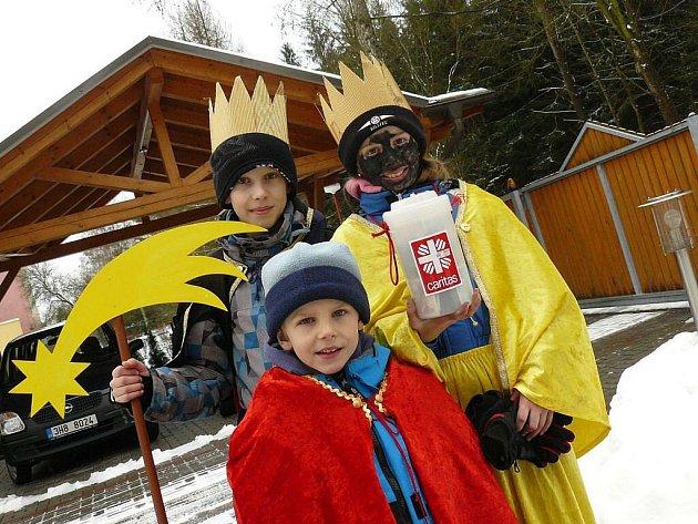 Koledníci v Červeném Kostelci a okolí získali pro charitu přes 350 tisíc korun.