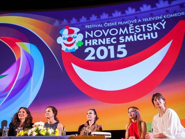 Festival televizní a filmové komedie Novoměstský hrnec smíchu odstartoval v neděli večer už po sedmatřicáté.