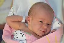 ANNA ZELENKOVÁ poprvé vykoukla na svět 2. srpna 2016 v 15.05 hodin. Její míry byly 3405 gramů a 50 centimetrů. S maminkou Martinou a tatínkem Jiřím mají domov v Broumově.