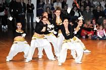 Mezinárodní taneční soutěž Hronovské Jablíčko.