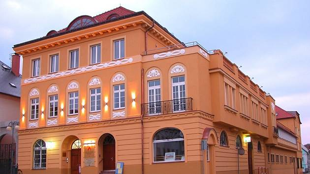 Pellyho domy v Polici nad Metují.