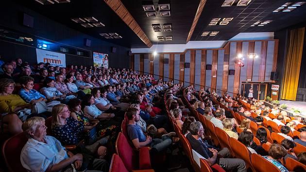 Festival české filmové komedie v Novém Městě nad Metují.