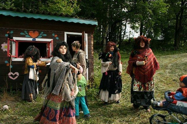 V Pohádkovém lese na Vysokově plnilo úkoly přes sedm set dětí.