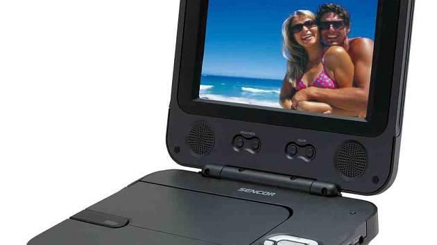 Hlavní cenou je přenosný DVD přehrávač.