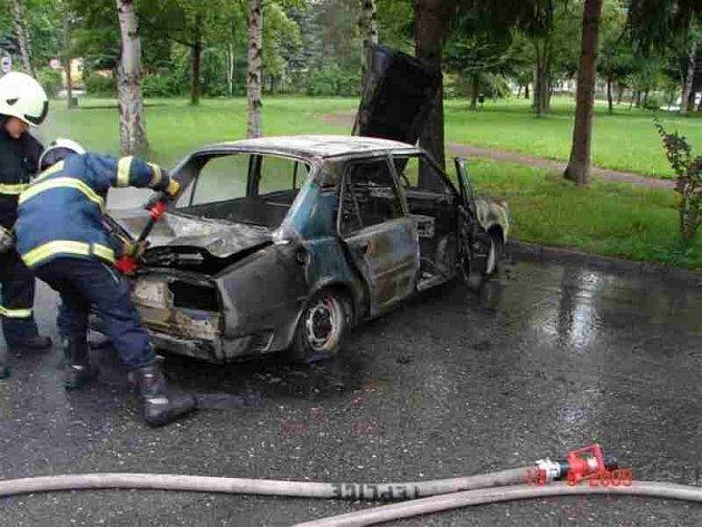 Požár auta.
