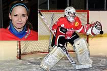 Čest  hokejovému brankářskému řemeslu dělá Michaela Frýbová nejen v Hronově a Pardubicích, ale i v reprezentaci.