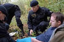 Cvičení policistů, záchranářů a hasičů na Rozkoši.