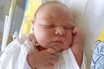 Antonín Král z Hejtmánkovic je na světě! Chlapeček se narodil 4. června 2019 v 15,33 hodin a jeho míry byly 3425 gramů a 48 centimetrů. Ze svého prvního toužebně očekávaného děťátka mají obrovskou radost rodiče Lucie a Otto.