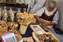 Ve staré škole Dřevěnce ukázali stará řemesla