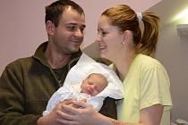 MAGDALÉNA ŠKODOVÁ se narodila 11. listopadu 2012 ve 3:27 hodin s váhou 2745 gramů a délkou 48 centimetrů. S rodiči Terezou Martinovou a Ondřejem Škodou mají domov v Hronově.