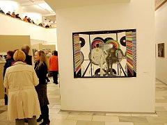 Milovníci umění zaplnili jízdárnu a hltali generačně proměněný výtvarný salon