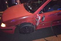Nehoda tří aut zastavila na dvě hodiny provoz.