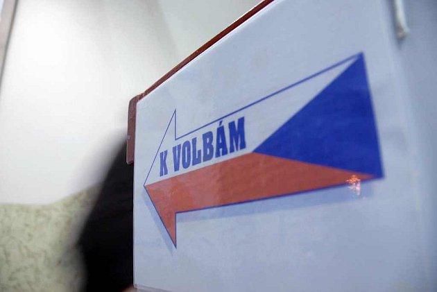 Volby 2008 v pátek 17. října v Novém Městě nad Metují na Základní škole Malecí.