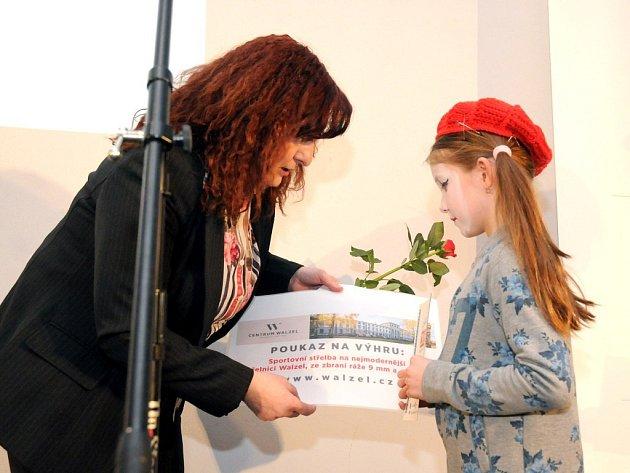 Obecní dům ve Velkém Poříčí hostil opět po roce slavnostní vyhlášení ankety Sportovec roku okresu Náchod za rok 2015.