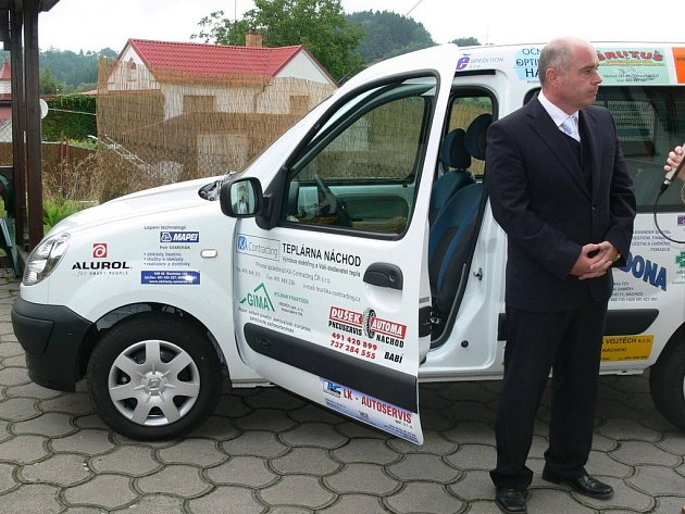 JEDNU KORUNU ROČNĚ bude za pronájem nového  automobilu platit evangelický domov Betanie.
