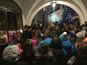 Česko zpívá koledy, Nové Město nad Metují.