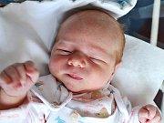 FILIP VILCHES z Vysokova se narodil 2. července 2017 ve 12.18 hodin. Chlapeček vážil 4200 gramů a měřil 52 centimetrů. Radují se z něho šťastní novopečení rodiče Eva a José.