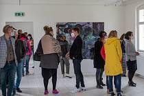 V návaznosti na výstavu obrazů Josefa Bolfa v Galerii Dům se v sobotu uskutečnila také vernisáž výstavy Klášterní zahrada 2021.