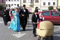 Osmnáctý ročník Garden Party v Polici nad Metují.