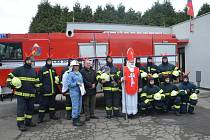 NOVÁ CISTERNA bude pro běloveské dobrovolné hasiče velice užitečným pomocníkem.