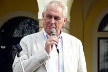 Miloš Zeman kdysi v Náchodě.