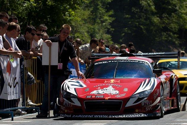V hodinách skončil v úvodním závodním dni náchodský Vladimír Vitver, druhý den ho jeho vůz dovezl na čtvrtém místě.