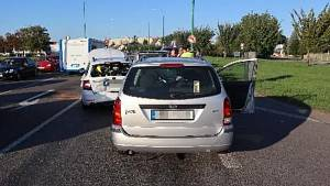 Něhoda pěti aut v Jaroměři