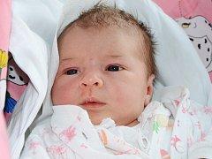 DARIA HANZLOVÁ se narodila 11. dubna 2012 v 10:00 hodin s váhou 3915 gramů a délkou 51 centimetrů. S rodiči Eliškou Hruškovou a Michalem Hanzlem, a se sestřičkou Laylou (16 měsíců), bydlí ve Rtyni v Podkrkonoší.
