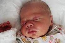 KATARÍNA ŠLECHTOVÁ se narodila 5. října v 1.19 hodin. Po porodu vážila 3,460 kg a měřila 48cm. Společný domov s rodiči Lenkou a Pavlem Šlechtovými má v Jaroměři.