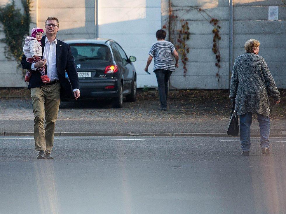 V Náchodě odvolil lídr KDU-ČSL Pavel Bělobrádek.