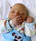 KAREL BOREK z Jaroměře je prvním děťátkem Kláry Ládové a Karla Borka. Narodil se 8. ledna 2018 v 17,28 hodin, vážil 3560 g a měřil 50 cm.