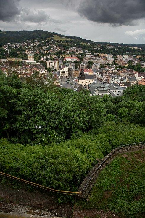 Slavnostní zahájení revitalizace zámeckého kopce v Náchodě.