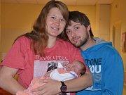 SÁRA GRIMOVÁ je prvním miminkem rodičů Ivany Rafajové a Davida Grima z Bukovice. Holčička po narození vážila 3595 gramů a měřila 49 centimetrů.