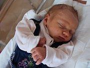 TADEÁŠ KÁRNÍK z Dobrušky vykoukl na svět 17. dubna 2017 v 7.13 hodin, vážil 3300 gramů a měřil 50 centimetrů. Je prvním děťátkem Martiny Pokorné a Davida Kárníka.