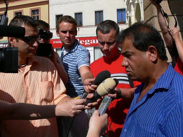 Protest romů v Náchodě.