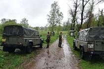 Pět Ukrajinců se snažilo projít nelegálně hranici. V Náchodě je zadrželi.