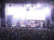 Třídenní festival tvrdé muziky Brutal Assault v Josefově (12. srpna 2010).