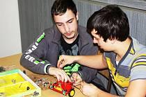 Robotický den Merkur Roboday 2012.