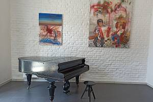 Galerie Nola žije.